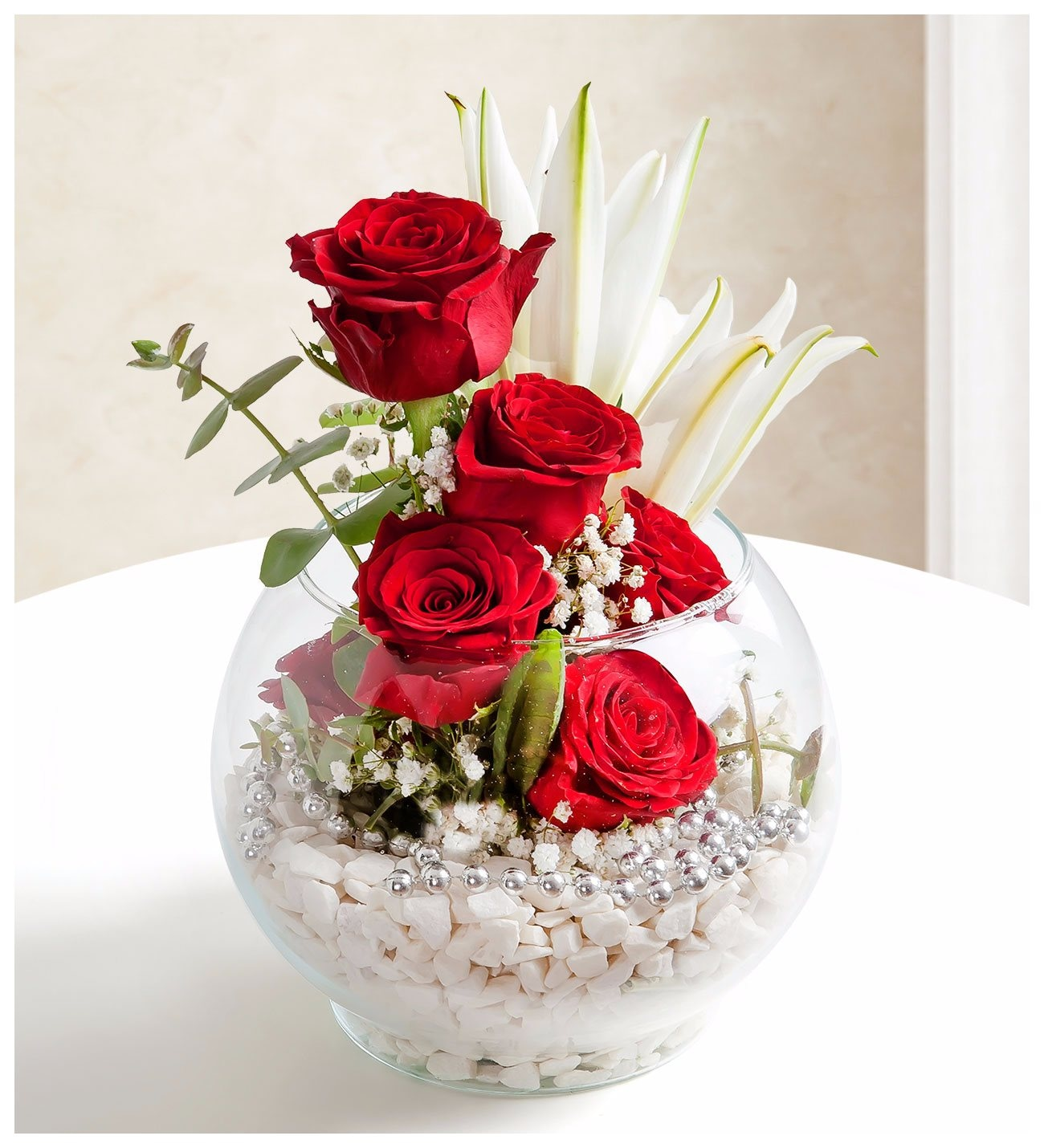 Rhythm Of Love Red Roses And Lilies