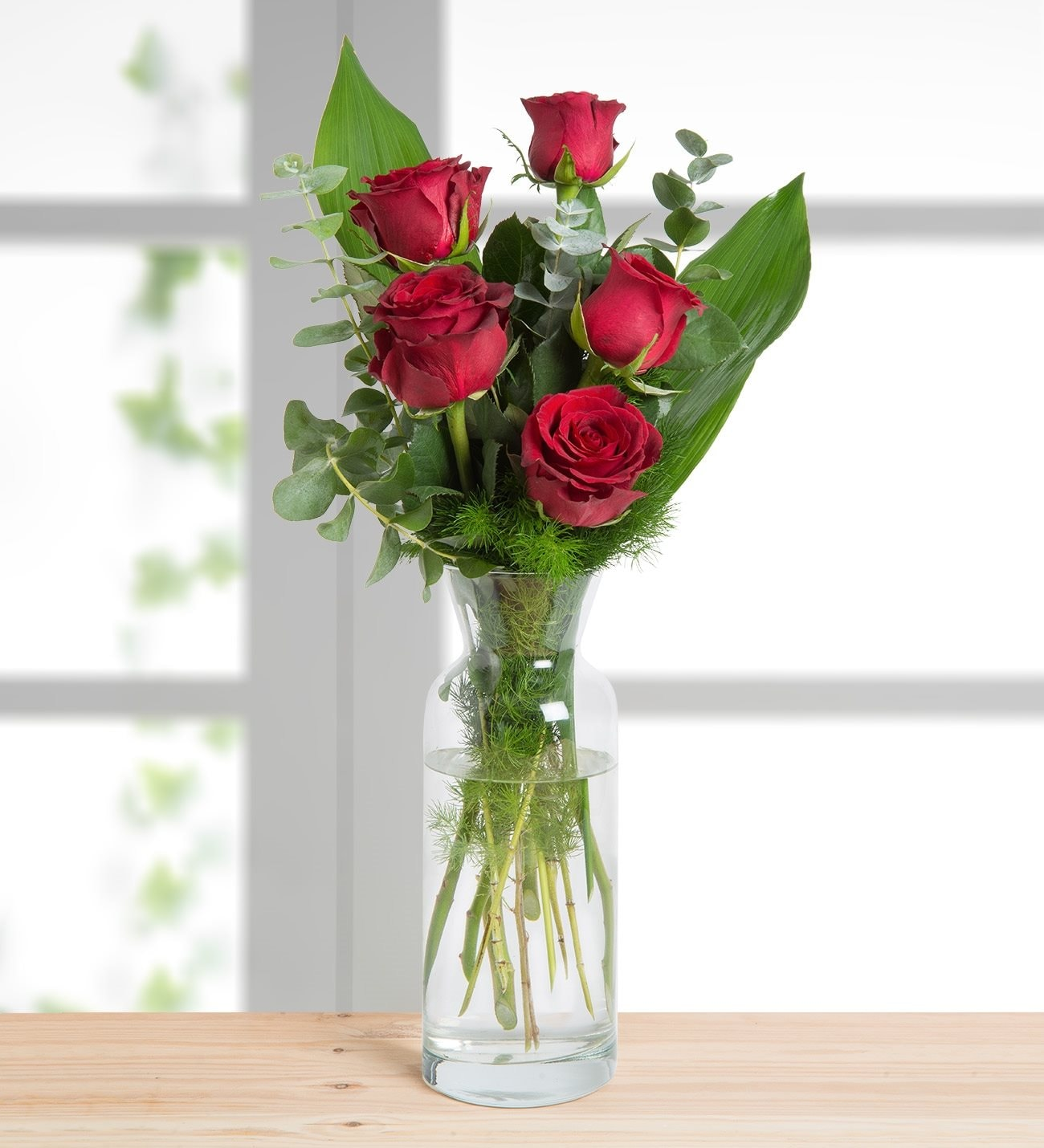 Red Rose Bouquets Buy Red Roses With Vase From Lolaflora