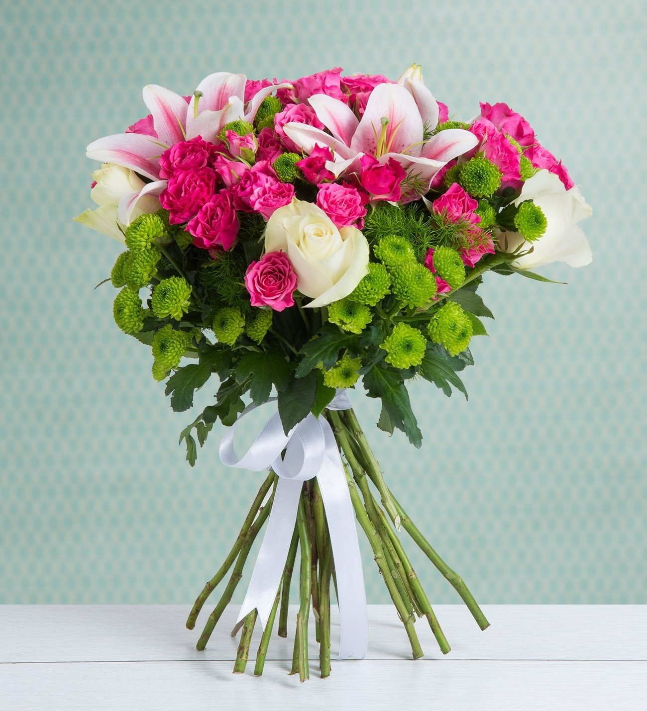 48 Pink Rambler Roses Cheerful Hug