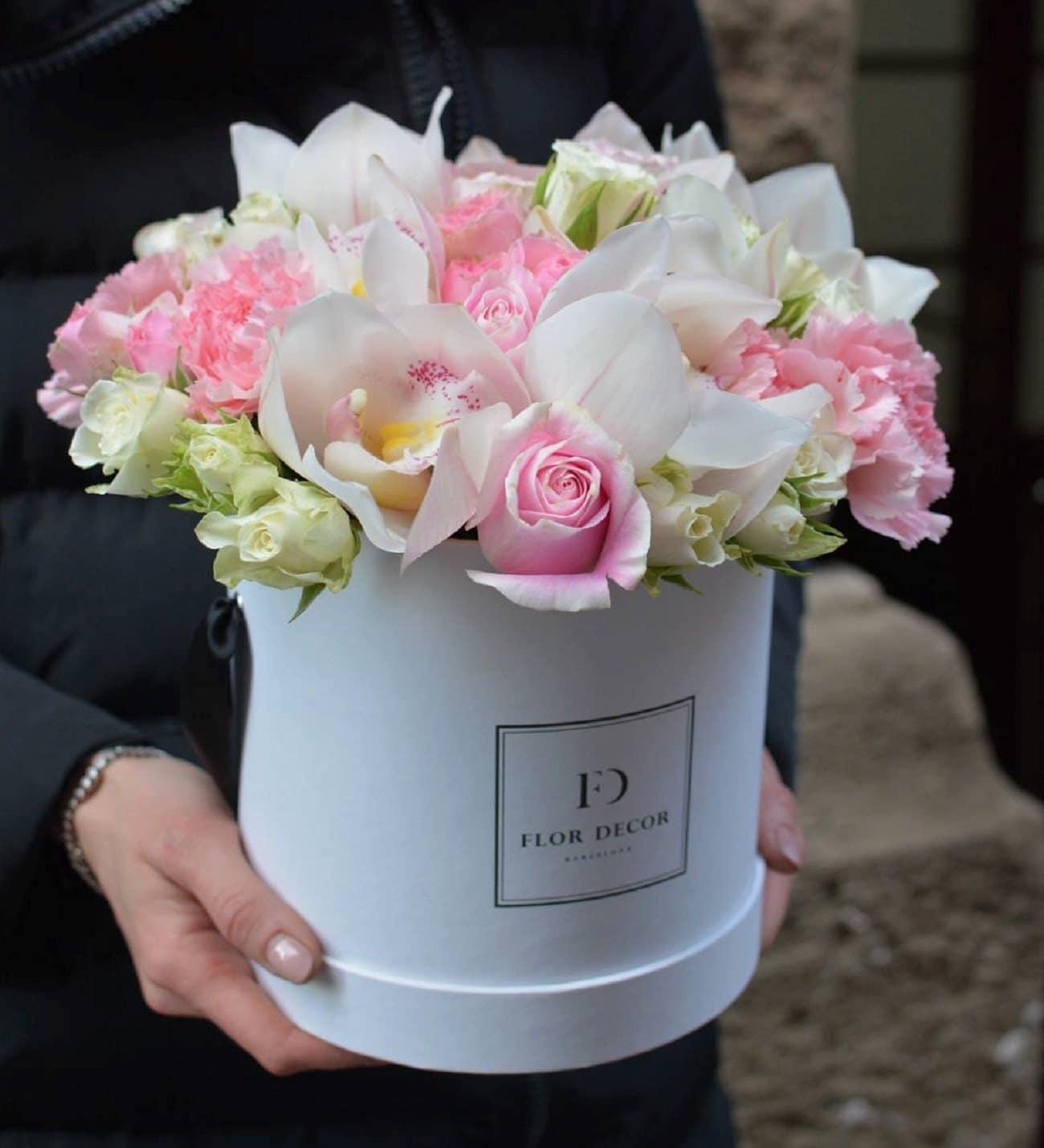 Valentine Pink Rose Floral Centrepiece 16cm One Size